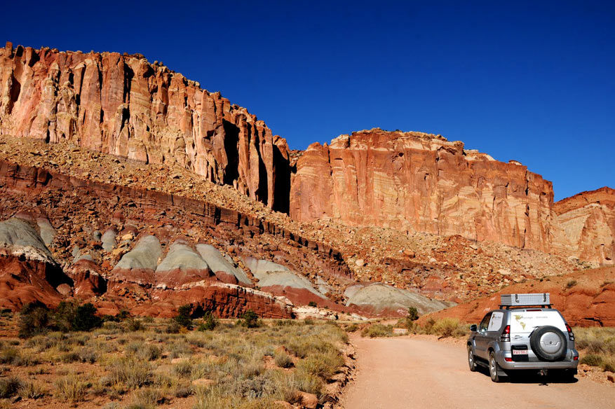 2-capitol-reef-np07