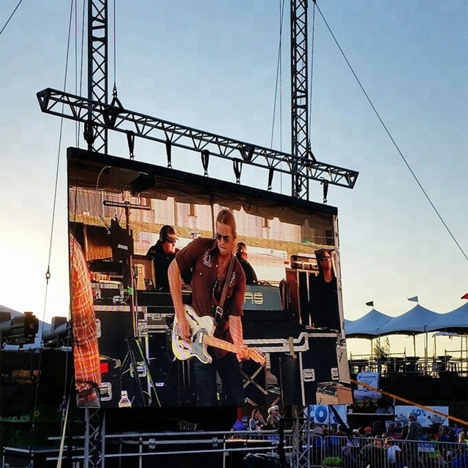 Outdoor LED display for DJ show