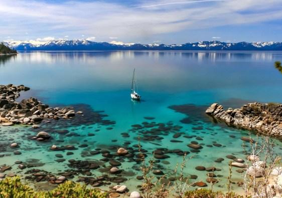 View Lake Tahoe Mountains
