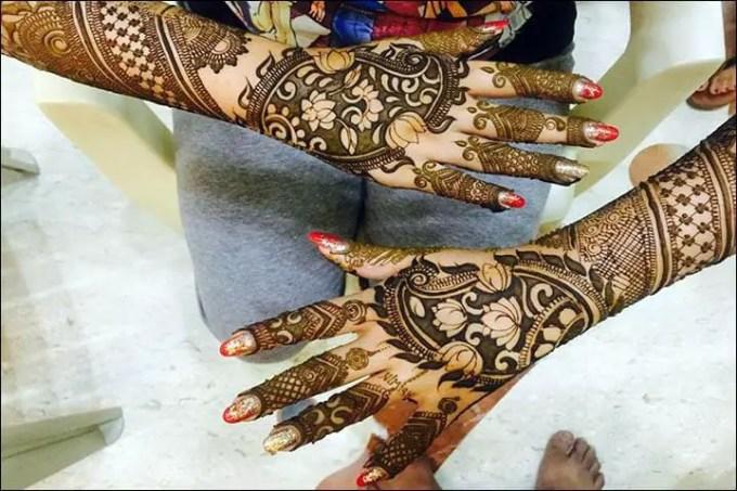 Henna Tangan Motif Floral Arabic Bridal