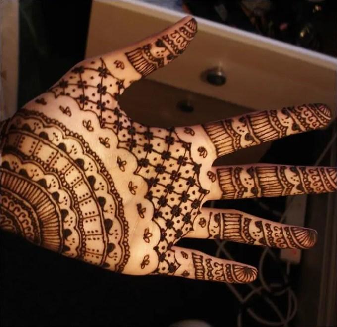 Henna Tangan Motif Mesh And Banded