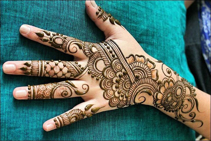 Gambar Henna Di Tangan Yang Mudah Dan Simple