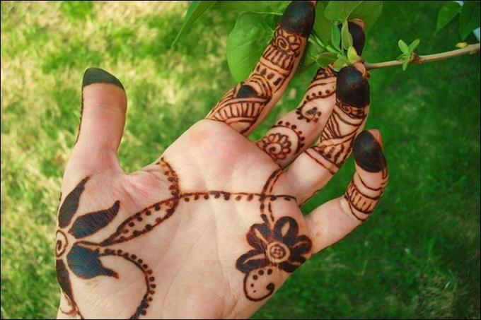 motif henna yang mudah