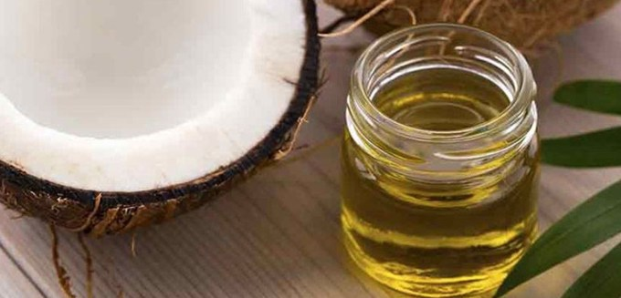 manfaat minyak kelapa untuk wajah