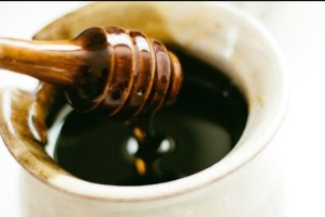 manfaat madu hitam