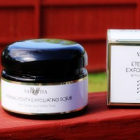 Valentia Eternal Youth Exfoliating Scrub // Product Review