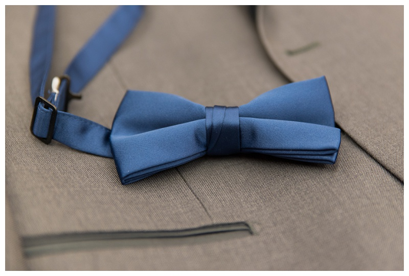 Winter Wedding | navy bow tie | Rejoicingrebecca.com