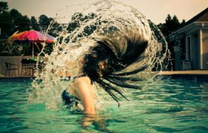 Swimming pool Chlorine Effects on Human hair