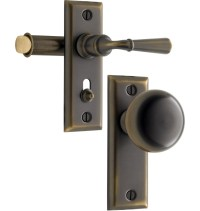Door Latch: Exterior Door Latch