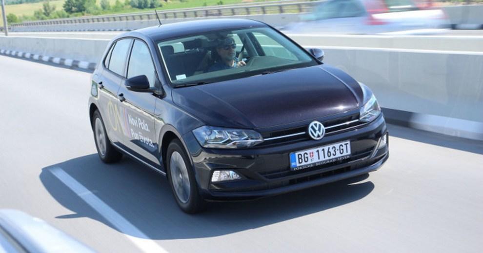 https://reklamirajte.se/wp-content/uploads/2018/08/VW-Polo-1.jpg