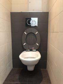 Rekonstrukce Byt 3+kk Klánovická Praha záchod obklady