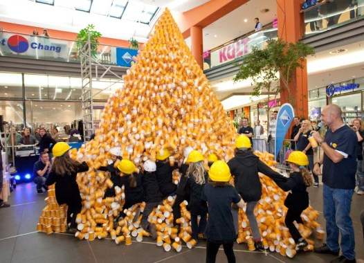 RID-rekord-groesste-papp-kaffeebecher-pyramide2