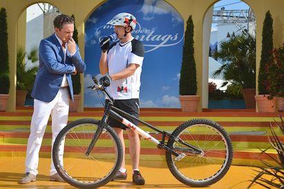 RID-rekord-fahrradspruenge-menschen4