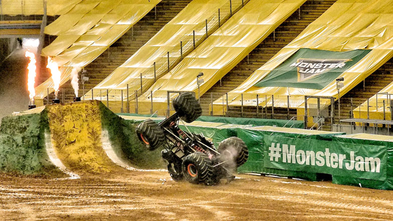 monster-jam-show-07-web