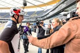 rid-rekordversuch-rennrad-sprung3