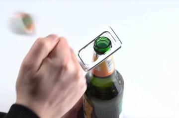 Knallende bierfles opener: gadget voor bierdrinkers