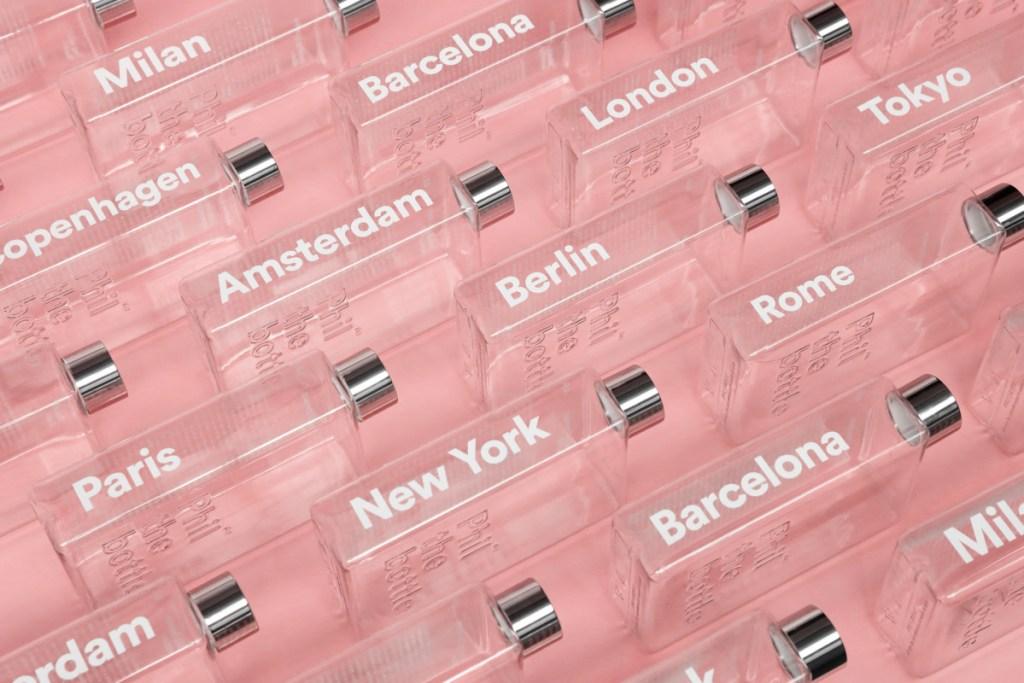 phil the bottle hervulbare waterfles design relatiegeschenk steden