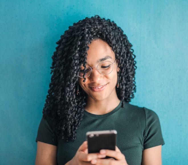 55 sms d'amour à envoyer en relation à distance