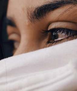 women express anger through crying