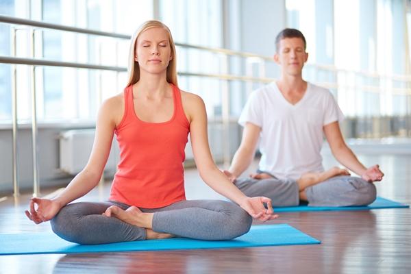 Méditer au quotidien : comment lâcher prise sur les événements extérieurs