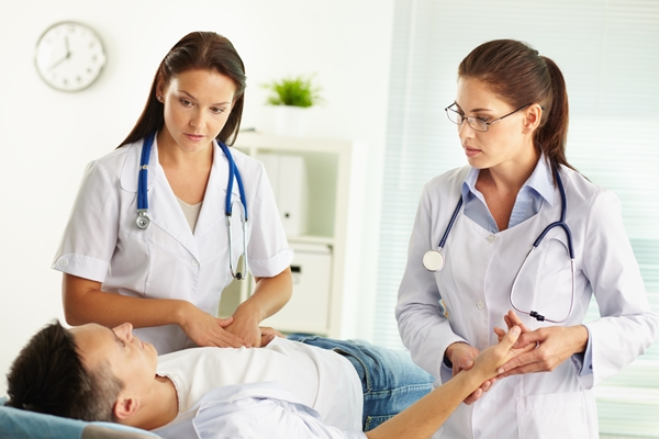 Soulager une lombalgie - Quand faut-il consulter