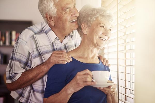 Comment bien vieillir grâce à la sophrologie