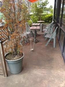 ミスド姶良の喫煙スペースの写真