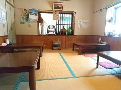 竹林の右のお座敷の写真