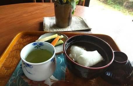 茶楽園のぜんざいセットの写真
