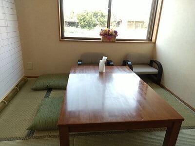 膳や和花の右前の小さい個室の写真