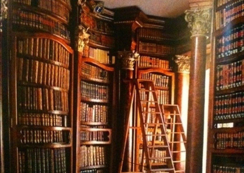 Hogwarts Library audio atmosphere