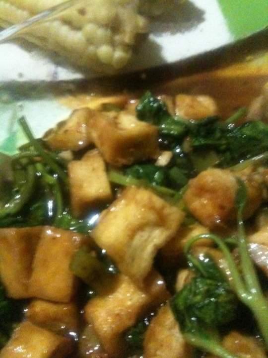Kangkong at Tokwa in Chili Garlic Sauce