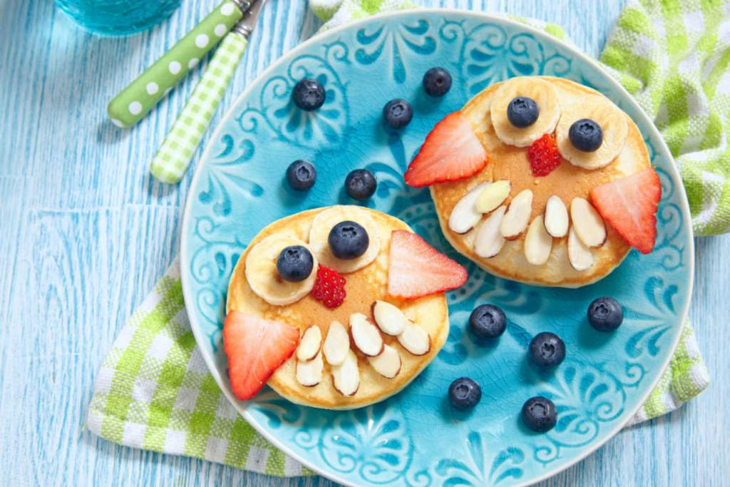 Funny Mr Owl Pancakes with berries