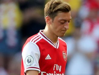 , Why Isn't Mesut Ozil Playing For Arsenal?, Relay Vibes