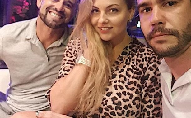Two friends fall in love with same woman on holiday