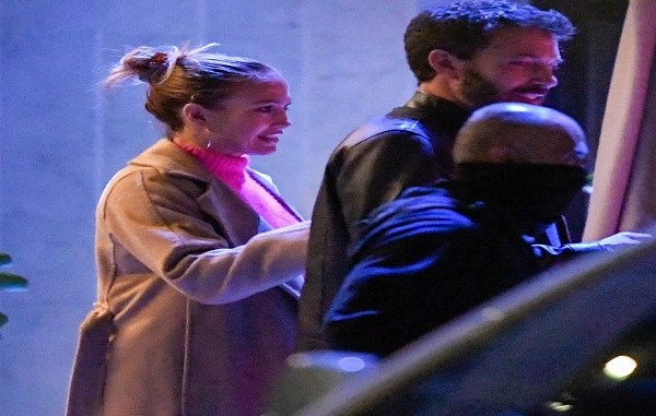 Jennifer Lopez and Ben Affleck can't keep their hands off each other