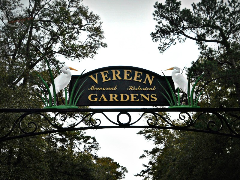 Vereen Gardens Sign