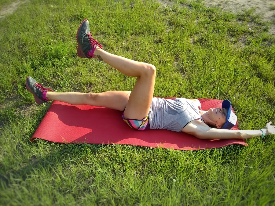 Dead Bug Exercise for Runners