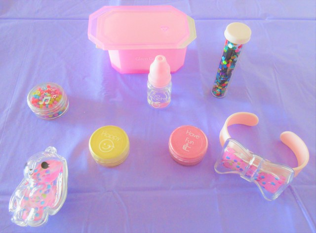 Glam Goo Confetti Accessories Pack