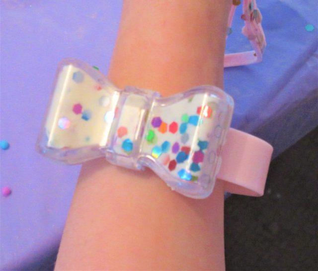 Glam Goo Bow Bracelet