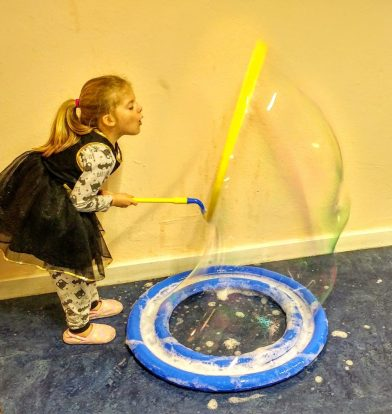 Mega Bubbles with Uncle Bubble Mega Loop Kit