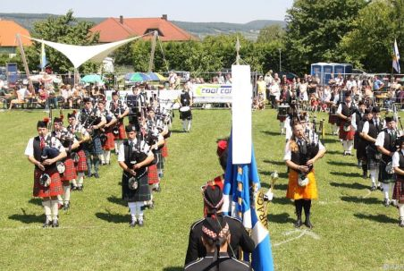 APA (www.gordon-highlanders.com)