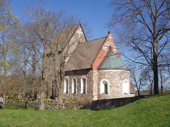Gamle Uppsala kirke. Foto. Jan Mehlich. Wikimedia Commons.