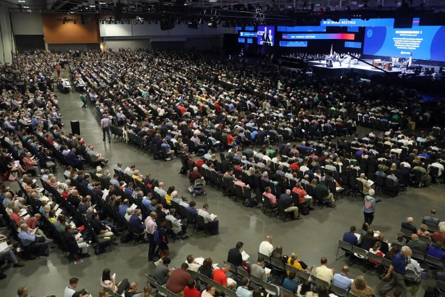 Southern Baptist Convention messengers attend the annual meeting, Tuesday, June 15, 2021, at the Music City Center in Nashville. RNS photo by Kit Doyle