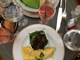 Omelette and champagne!