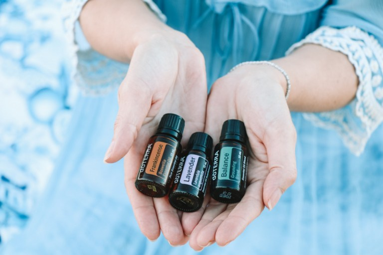 12 Best Essential Oils for Relaxation and Sleep