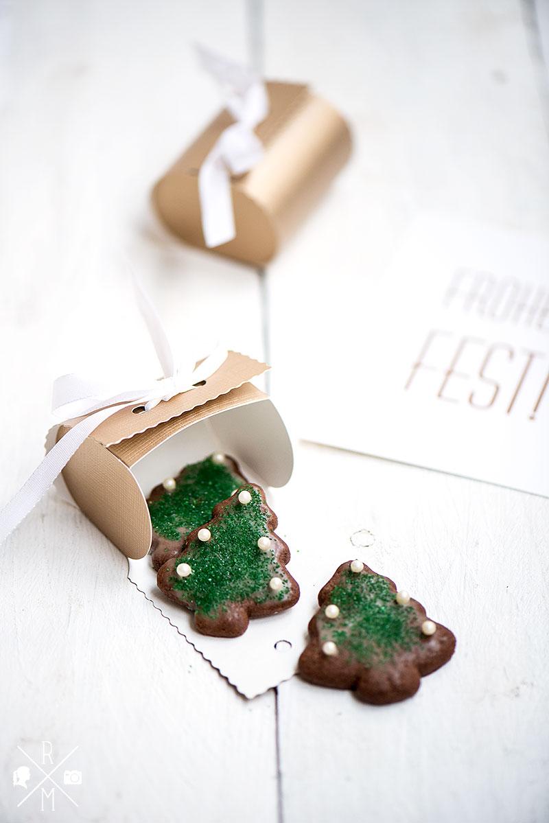 Schokoladenkekse Weihnachtsbäume ohne Milch ohne Butter | relleomein.de