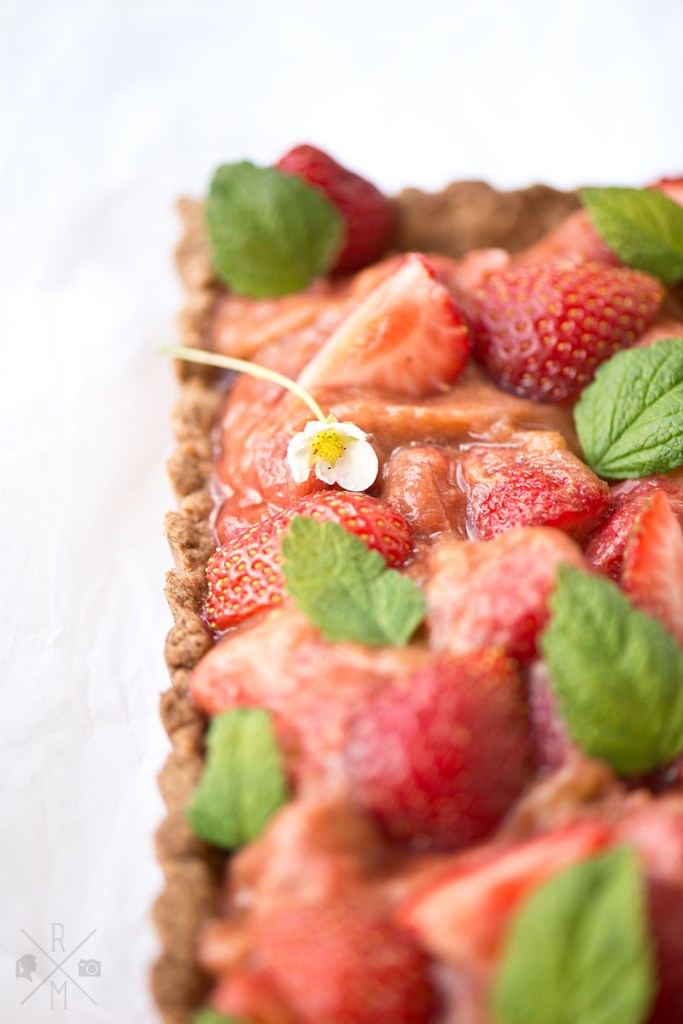 Strawberry and Rhubarb Pie vegan | relleomein.de