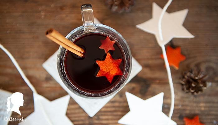 Glühwein mit Schuss oder ohne - Vanille Glühwein selbst gemacht - Rezept für Vinzerglühwein | relleomein.de #glühwein #weihnachten #mulledwine #foodblogger