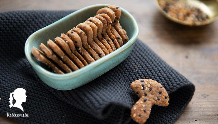 Sauerteig Cracker aus zu viel Anstellgut | relleomein.de #vegan #cracker #snacks
